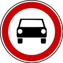 Traffic sign of Bosnia-Herzegovina: Cars prohibited
