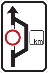 Traffic sign of Czech: Detour for vehicles that are not allowed to pass.