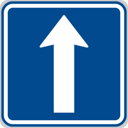 Traffic sign of Czech: Road with one-way traffic