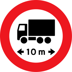 Traffic sign of Denmark: Vehicles longer than indicated prohibited