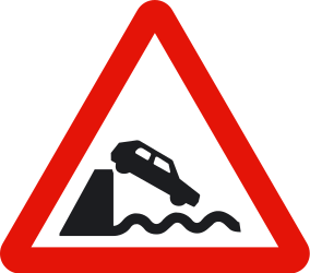 Traffic sign of Spain: Warning for a quayside or riverbank