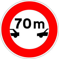 Traffic sign of France: Leaving less distance than indicated prohibited