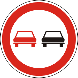 Traffic sign of Hungary: Overtaking prohibited
