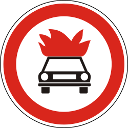 Traffic sign of Hungary: Vehicles with explosive materials prohibited