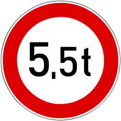 Traffic sign of Hungary: Vehicles heavier than indicated prohibited