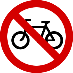 Traffic sign of Ireland: Cyclists prohibited
