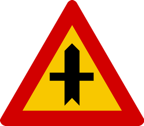Traffic sign of Iceland: Warning for a crossroad side roads on the left and right