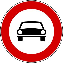 Traffic sign of Italy: Cars prohibited
