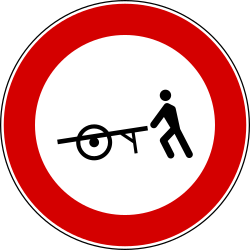 Traffic sign of Italy: Handcarts prohibited