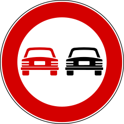 Traffic sign of Italy: Overtaking prohibited