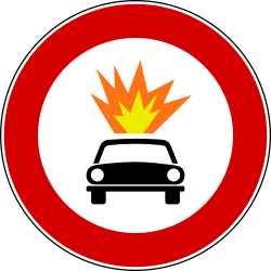 Traffic sign of Italy: Vehicles with explosive materials prohibited