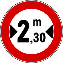 Traffic sign of Italy: Vehicles wider than indicated prohibited