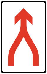 Traffic sign of Norway: Two lanes are going to merge