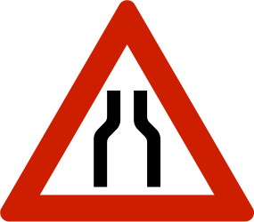 Traffic sign of Norway: Warning for a road narrowing