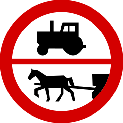 Traffic sign of Poland: Tractors and horse carts prohibited