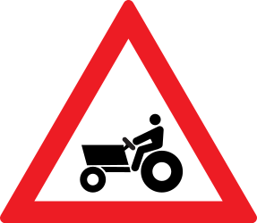 Traffic sign of Romania: Warning for tractors