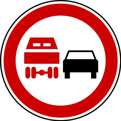 Traffic sign of Serbia: Overtaking prohibited for trucks