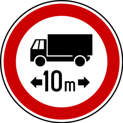 Traffic sign of Serbia: Vehicles longer than indicated prohibited