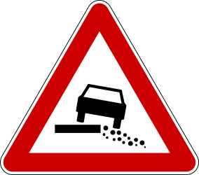 Traffic sign of Serbia: Warning for a soft verge