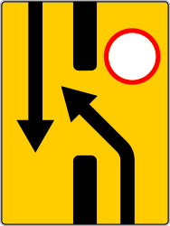 Traffic sign of Russia: Temporary change in the direction of the lanes