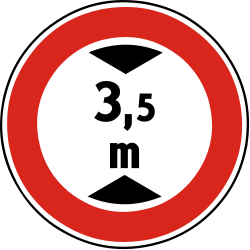 Traffic sign of Slovakia: Vehicles higher than indicated prohibited