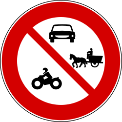 Traffic sign of Turkey: Motorcycles, cars and horse carts prohibited
