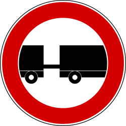 Traffic sign of Turkey: Trucks with trailer prohibited