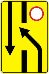 Traffic sign of Ukraine: Temporary change in the direction of the lanes