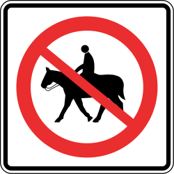 Traffic sign of Panama: Equestrians prohibited