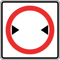 Traffic sign of Panama: Vehicles wider than indicated prohibited