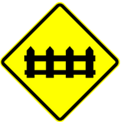 Traffic sign of Panama: Warning for a railroad crossing with barriers