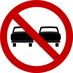 Traffic sign of Brazil: <a href='/en/brazil/overview/overtaking'>Overtaking</a> prohibited