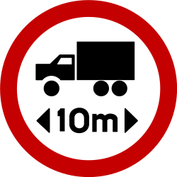 Traffic sign of Brazil: Vehicles longer than indicated prohibited