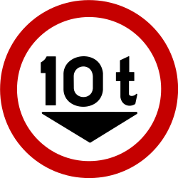 Traffic sign of Brazil: Vehicles heavier than indicated prohibited