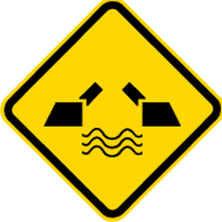 Traffic sign of Brazil: Warning for a movable bridge