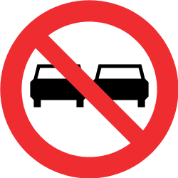 Traffic sign of Chile: Overtaking prohibited