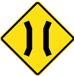 Traffic sign of Chile: Warning for a narrowing