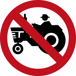Traffic sign of Colombia: Tractors prohibited